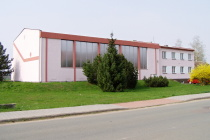 03. Budova tělocvičny a obecního úřadu