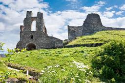 Hrané historické prohlídky, šermíři a středověké tržiště