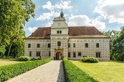 Tradiční farmářské trhy na zámku Doudleby nad Orlicí